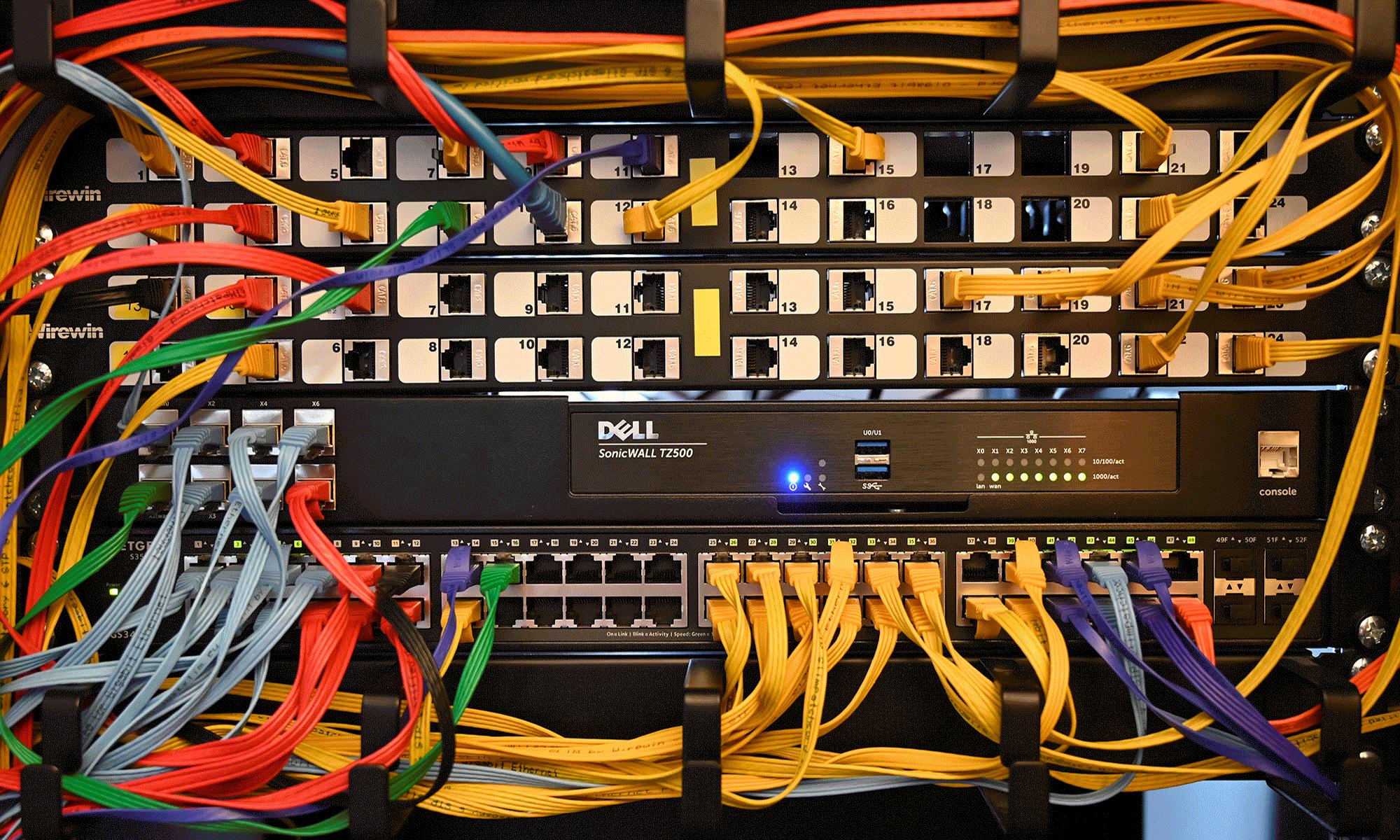Main_Netzwerk2000px_col